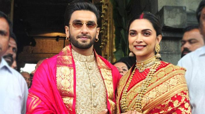 Deepika Padukone gets possessive after fan tells Ranveer Singh they love him