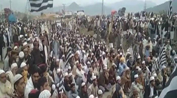 Azadi March protests continue as JUI-F blocks highways across country