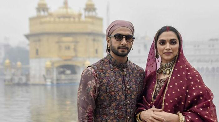 Deepika Padukone, Ranveer Singh ring in first anniversary with Golden Temple visit: See pictures