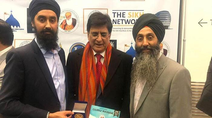 PM Imran awarded 'Lifetime Achievement' award by UK Sikh groups