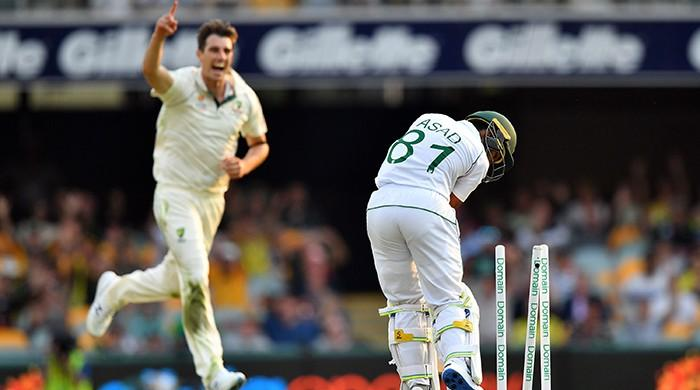 Tale of play: Pakistan win first session, Australia win first day