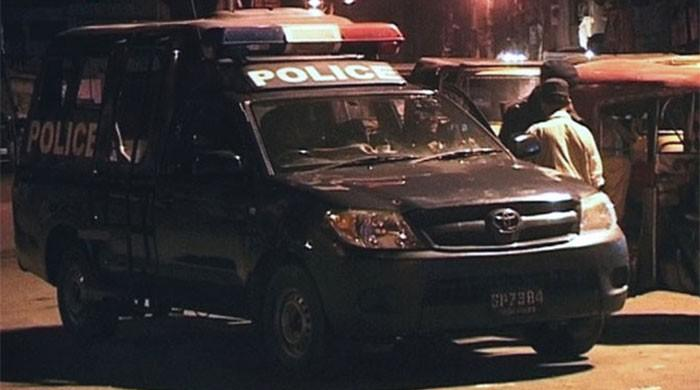 Two police officers suspended for threatening citizens with 'fake encounter'