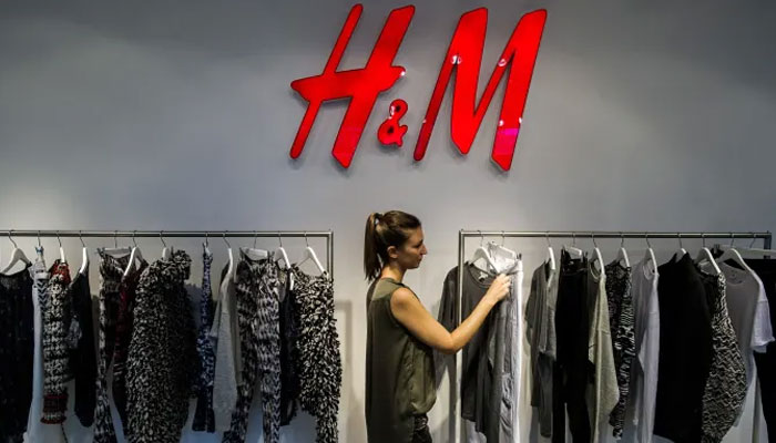 H&M to rent clothes to select shoppers at flagship store