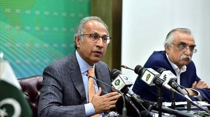 Gain in KSE-100 Index shows 'increasing investor confidence': Dr Hafeez Sheikh
