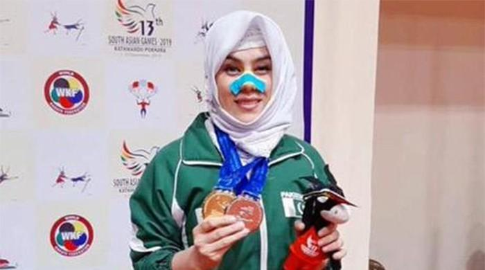 Kulsoom Hazara overcomes injury to help Pakistan bag karate silver at SAG