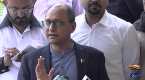 Those at lower levels cannot do much if superiors are incompetent: Saeed Ghani