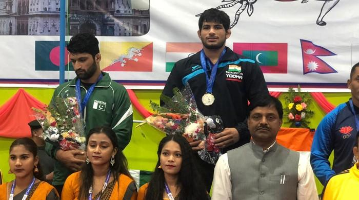 Pakistan completes medals century in 13th South Asian Games