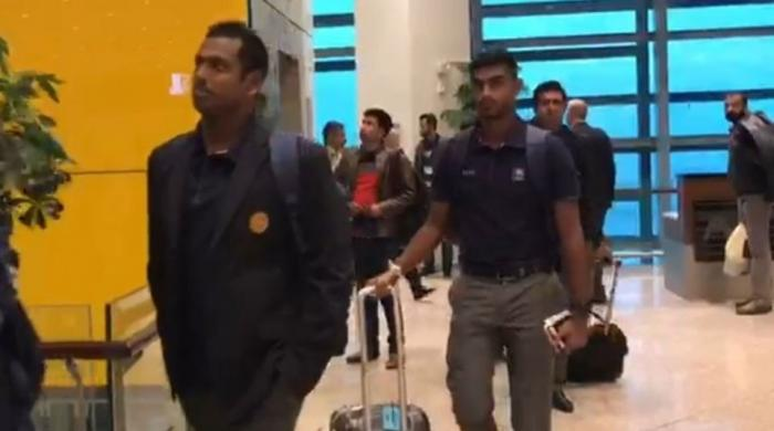 Test cricket returns to Pakistan after more than ten years as Sri Lankan team arrive in Islamabad