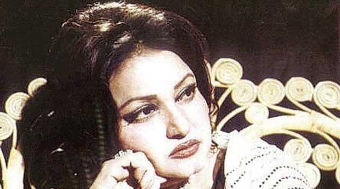 The story behind Noor Jahan's classic 'Chandni raatein'
