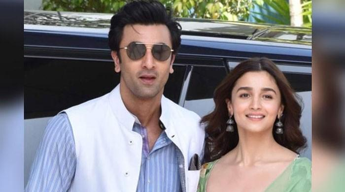Alia Bhatt and Ranbir Kapoor to hold a destination wedding in Kashmir?