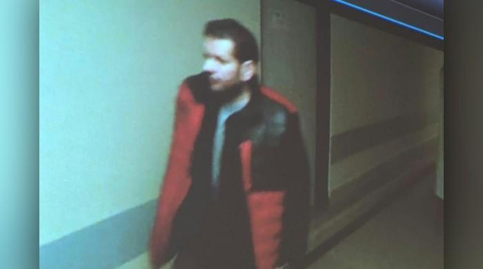 Shooter kills himself after deadly Czech hospital rampage