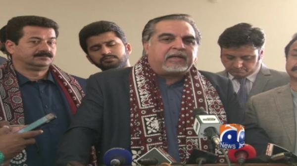 Don't have authority to hire, fire any SSP: Sindh Governor Imran Ismail