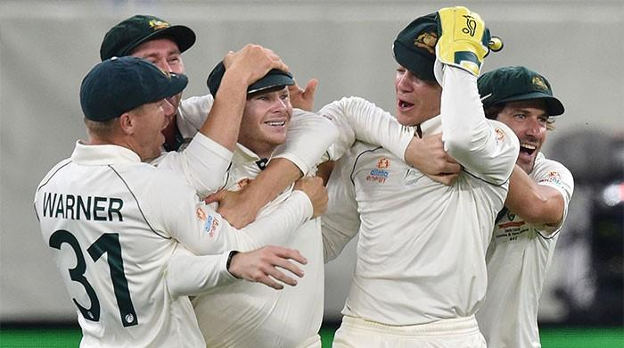 Smith blinder against New Zealand puts Australia on top