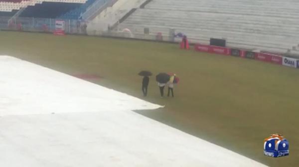 Rain disrupts fourth day of Pakistan vs Sri Lanka Test match