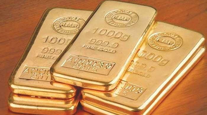 Gold up Rs900 per tola lifting prices to Rs93,000/tola