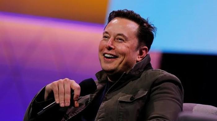 Elon Musk nears $346m payday as Tesla market value shoots up