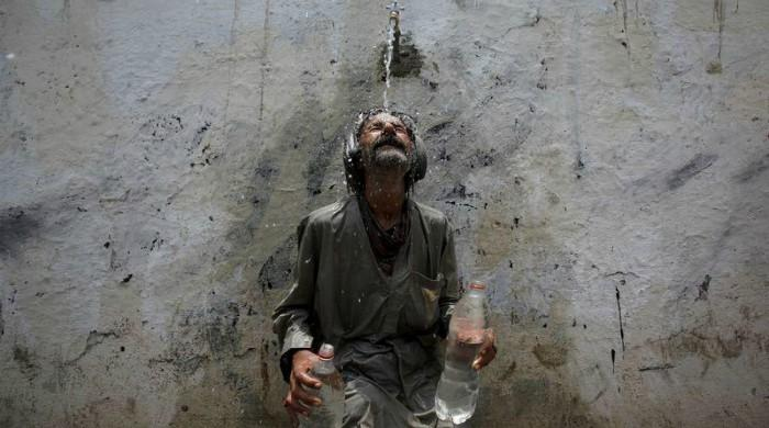 Heat waves in Pakistan, India could render urban areas unlivable: report