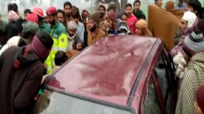 School teacher, two children drown as car falls into river in Lodhran