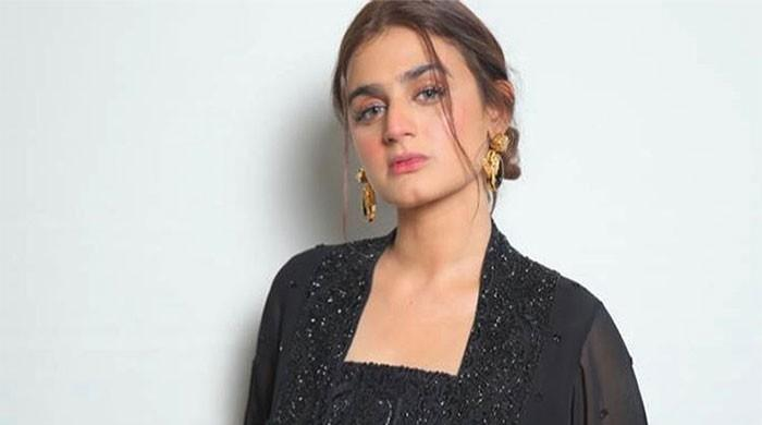 Hira Mani pens down emotional note for fans on receiving unprecedented love