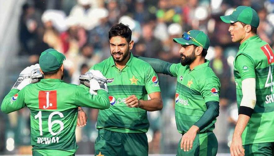 Pakistan cruise to T20 win over Bangladesh