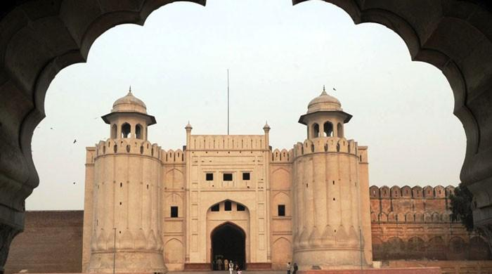 The thief and the old man: A story of Lahore