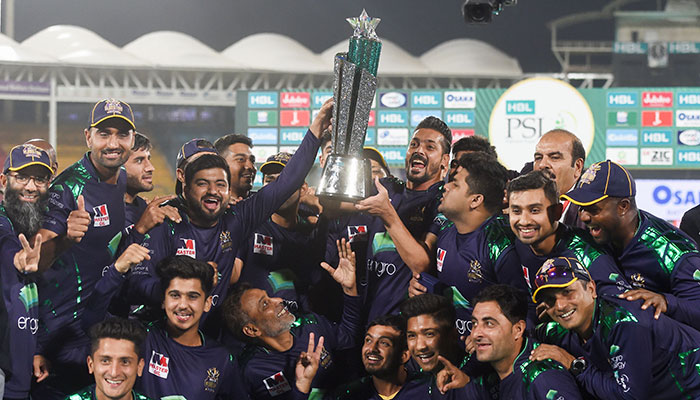 Azam guides Quetta to victory in PSL's opening game