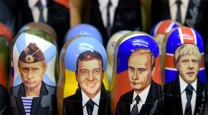 Magnets, mugs and matryoshka dolls — How Russia cashes in on Putin´s face