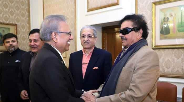 President Alvi meets Bollywood icon Shatrughan Sinha