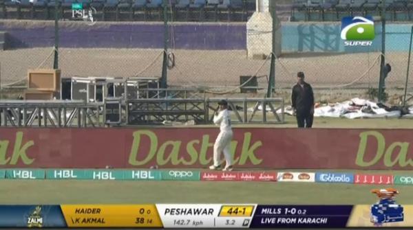 Kamran Akmal scores first century of PSL 2020