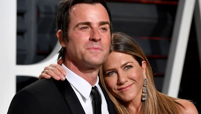 Jennifer Aniston, Brad Pitt fearing the launch of a tell-it-all book by Justin Theroux? - Geo News