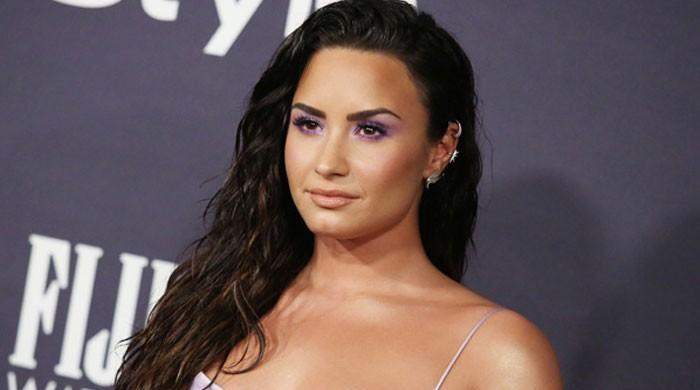 Demi Lovato embraces her freckles in gorgeous no-makeup selfie