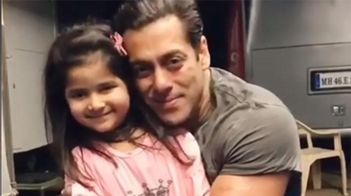 Salman Khan's video with a little fan wins hearts