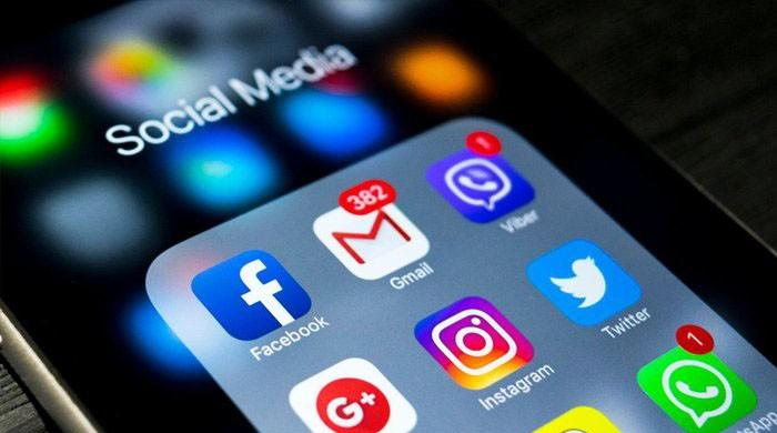Facebook, Twitter, Google threaten to suspend services in Pakistan after new social media regulations