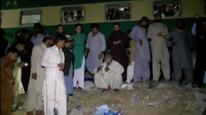Thirty dead, multiple injured as passenger train collides with bus near Rohri