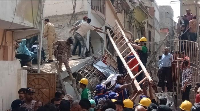 11 killed, several injured as buildings collapse in Karachi's Golimar area