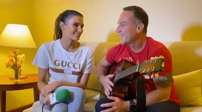 Watch: PSL commentator Erin Holland and Michael Slater jam together