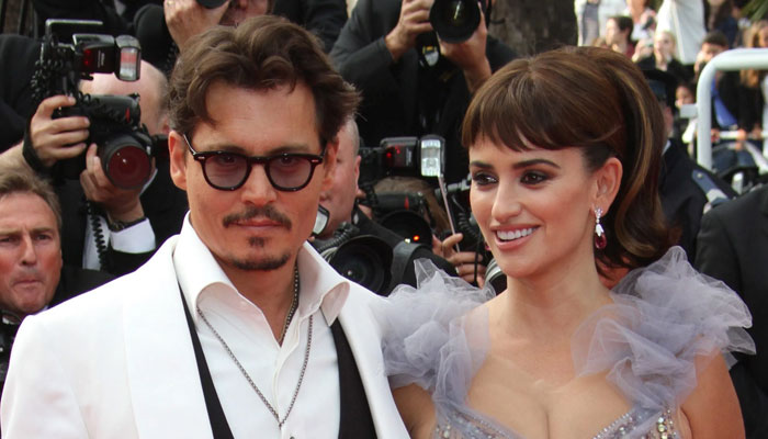 Winona Ryder defends Johnny Depp against abuse claims
