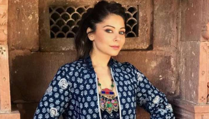 All 266 contacts of Kanika Kapoor traced, all samples tested negative