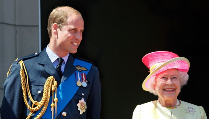 A Former Buckingham Palace Doctor Shares the Royal Family's Coronavirus Protocol