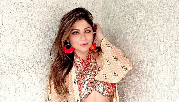 Kanika Kapoor deletes coronavirus post