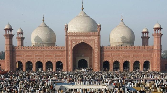 Pakistani clerics quarrel as Egypt's Al-Azhar University announces major fatwa