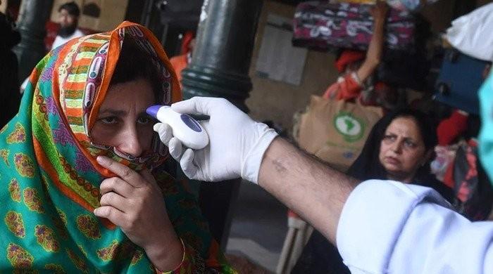 Pakistan on the edge of the precipice