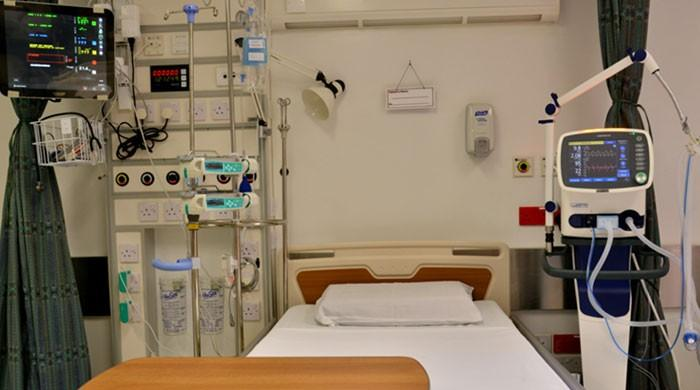 COVID-19: Rawalpindi hospital tests use of ventilators for multiple patients