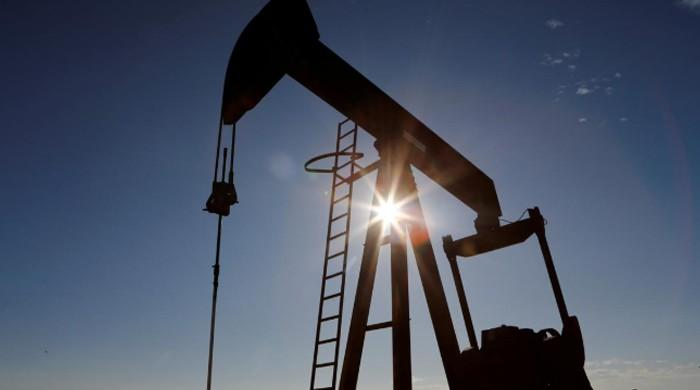 Global oil industry facing unprecedented shock: IEA