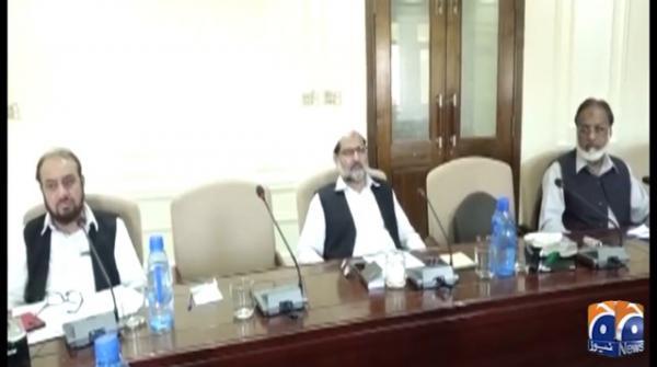 Siraj-ul-Haq slams govt for non seriousness over coronavirus