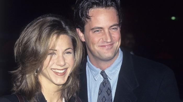 Jennifer Aniston, Matthew Perry use 'Friends' references to lift spirits during pandemic