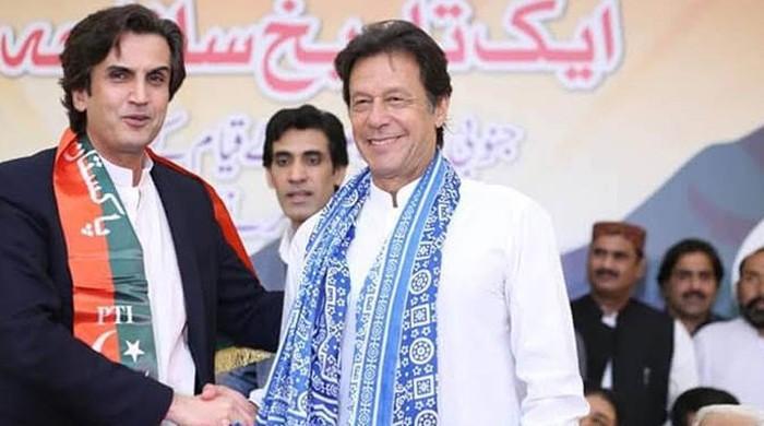 PM Imran reshuffles cabinet; Khusro Bakhtiar, Hammad Azhar given new portfolios