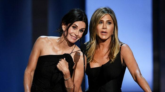 Jennifer Aniston in fits of laughter as Courteney Cox flaunts dancing skills on TikTok