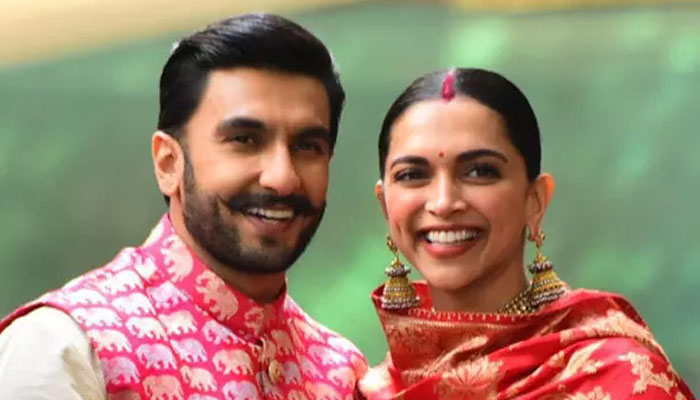 Deepika Padukone And Ranveer Singh's Cartoon Is Winning The Internet