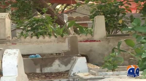 Despite Sindh govt's ban, people reach graveyards
